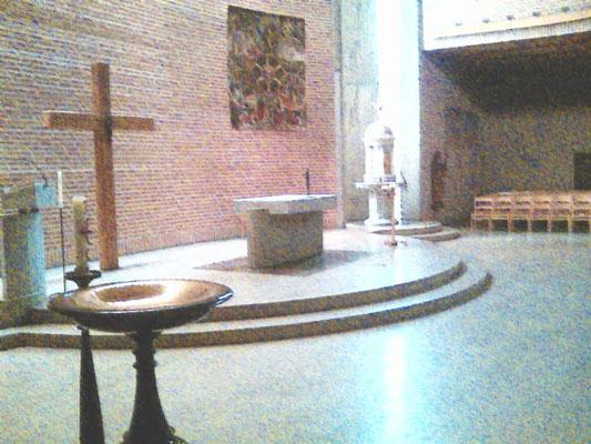 St Eugenia - der Altarraum