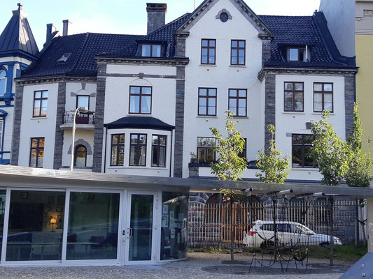 Zuhause im Kloster der Augustiner Chorherren in Bergen