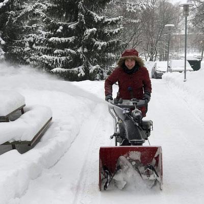Schneeschaufelmaschine bei St. Johannes.