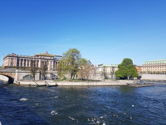 Blick auf das Reichtagsgebäude in Stockholm