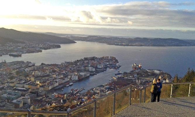 Ausblick über Bergen vom Berg Floyen.