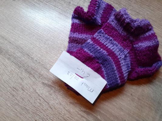 Kinder sneaker sokken maat 22/23 € 4,-