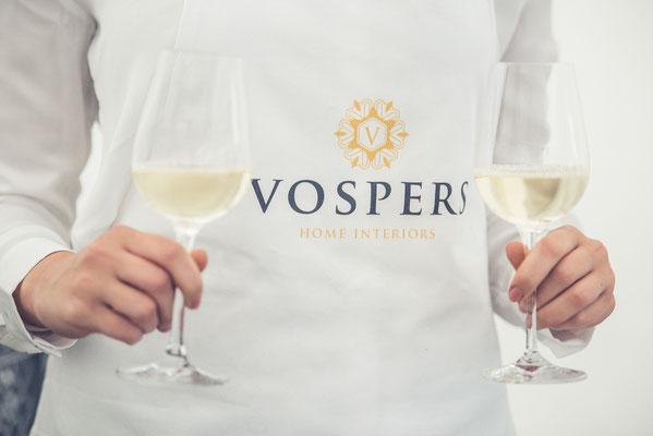 Erstellung bedruckte / bestickte Schürzen mit Logo für Vospers Home Interiors
