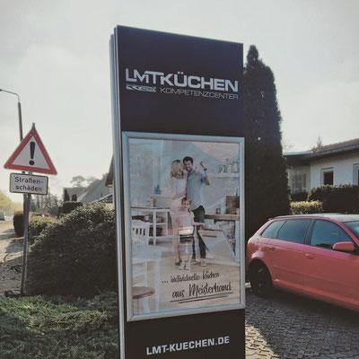 Erstellung von Werbeschildern für LMT Küchen