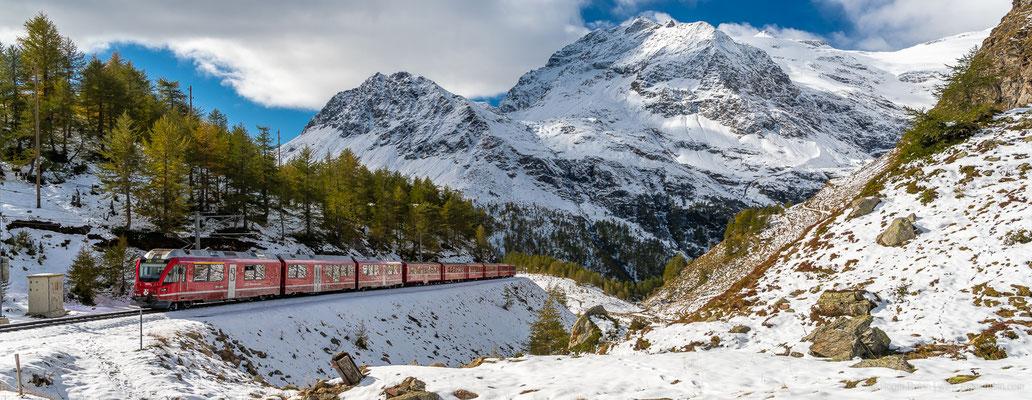 Rhätische Bahn oberhalb der Alp Grüm