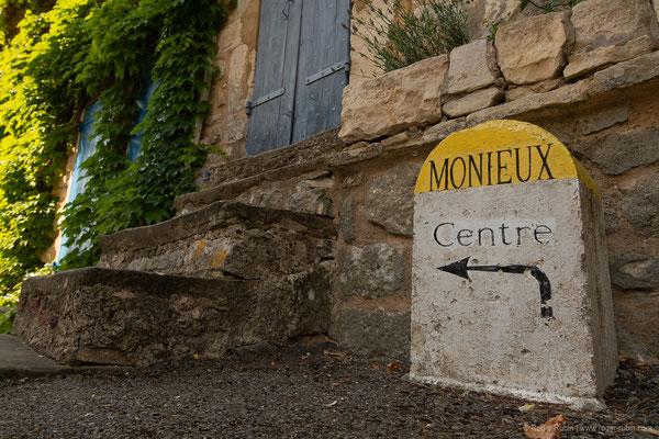 Monieux