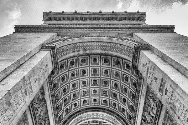 Paris: Arc de Triomphe