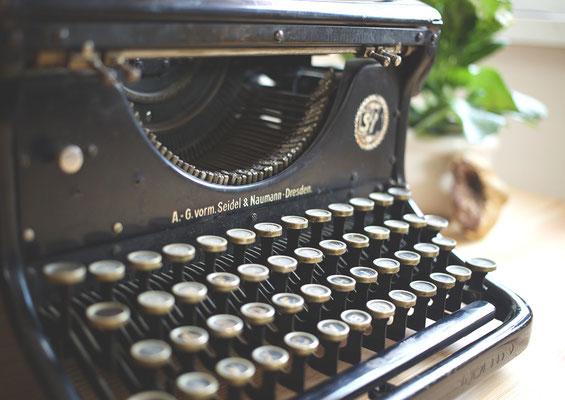Old-fashioned Typewriter. © L. B.