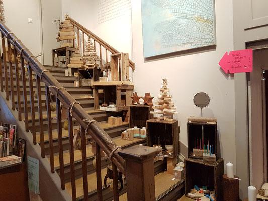 Weihnachtsmarkt im Treppenhaus