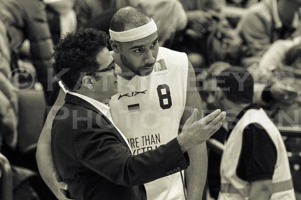 Coach Hamed Attarbashi und Benjamin Fumey