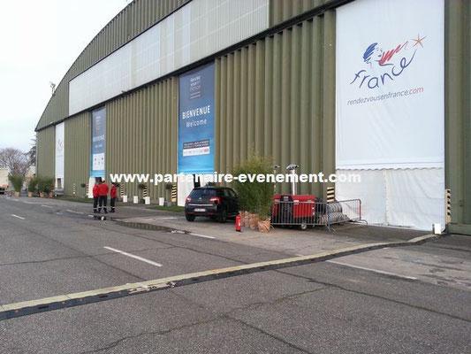 Bâche imprimée fermeture hangar