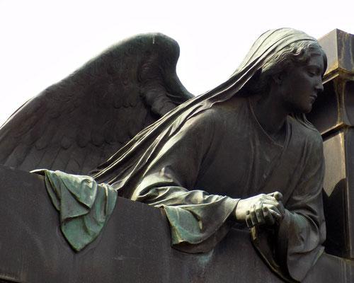 Engel von Selmar Werner auf dem Johannisfriedhof Bild: Susann Wuschko