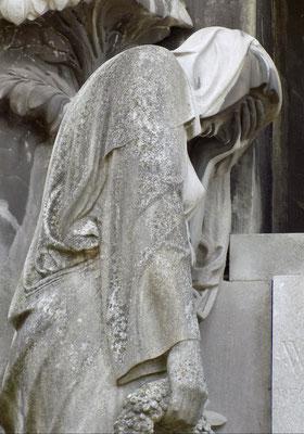 Grabmal Wilhelm May Johannisfiredhof Dresden Bild: Susann Wuschko