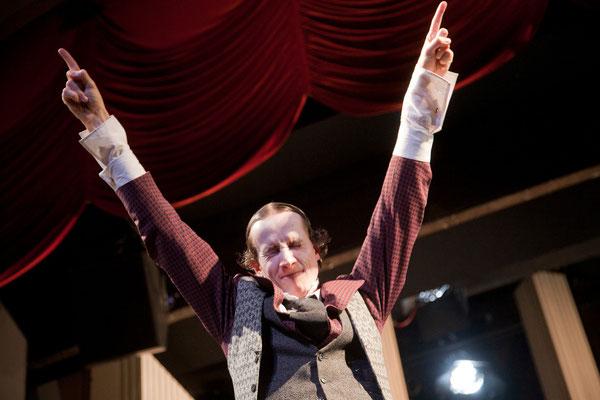 Antigone | Theater Erlangen | Regie: Schirin Khodadadian | © Jochen Quast