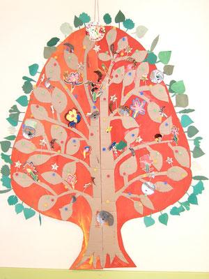 árbol de la vida en relieve