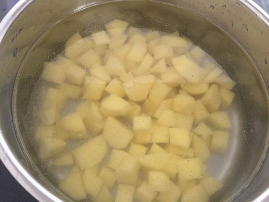 Kartoffeln blanchieren
