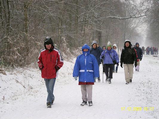 Même sous la neige , on marche!!!