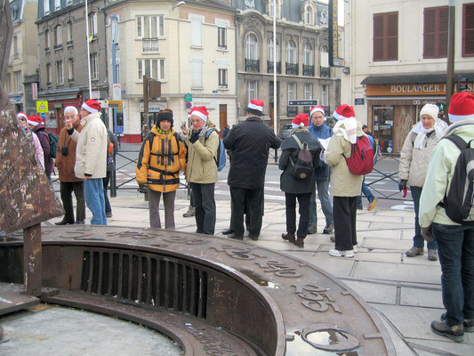 Les bonnets rouges à la randonnée des sacres à Reims