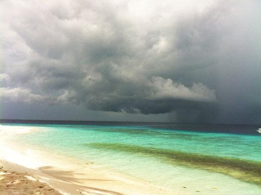 malediven-regensaison