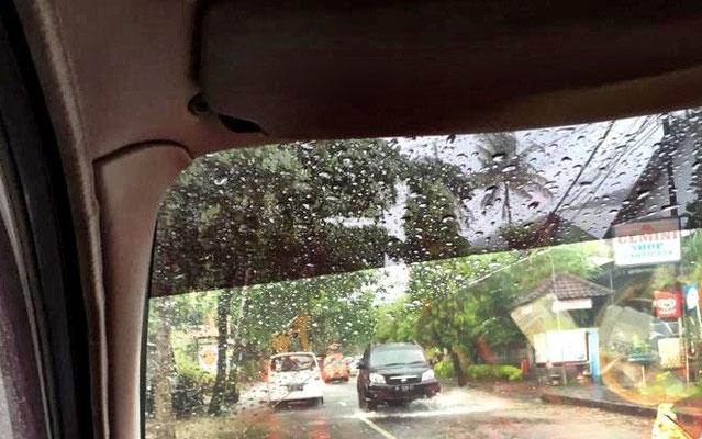 bali-weg-bai-regen