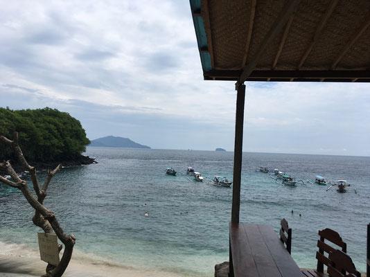 blue-lagoon-beach-aussicht-warungs