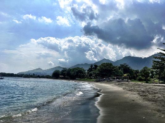 pondok-sari-beach