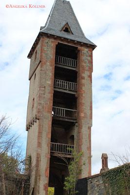 Torturm. Von hier werden angeblich Besucher mit Steinen beworfen. #Frankenstein #ghosthunters #paranormal