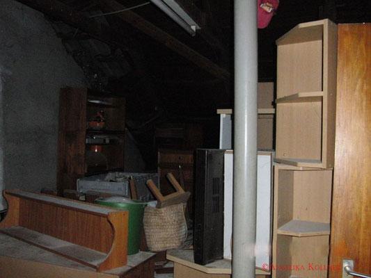 Eindrücke vom Dachboden 8. #paranormal #ghosthunter #ghost #spuk #geist