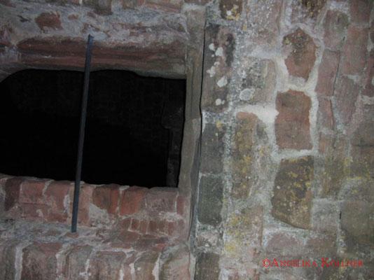 Dabei sind diese Bilder entstanden. Es sind einfach nur Momentaufnahmen unserer Umgebung auf Burg #Hohenecken. #Ghosthunters #paranormal