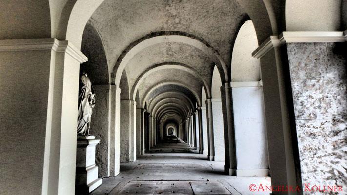 17 #Hauptfriedhof #Frankfurt #Gruftenhalle #Ghosthunters