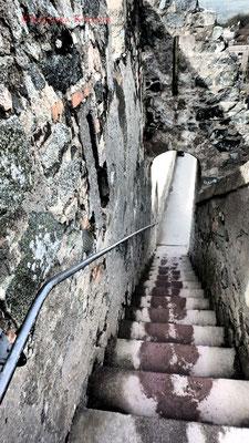 Außentreppe zum Turm. #Frankenstein #ghosthunters #paranormal