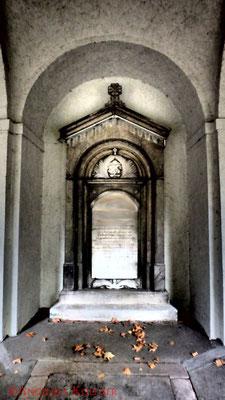 15 #Hauptfriedhof #Frankfurt #Gruftenhalle #Ghosthunters