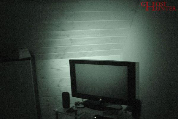 Die TV-Ecke, aus der sich die Klientin beobachtet fühlte. #ghosthunters #paranormal #geist #ghost #spuk