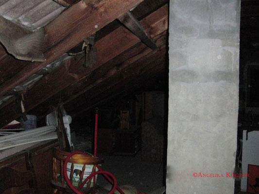 Eindrücke vom Dachboden 1. #paranormal #ghosthunter #ghost #spuk #geist