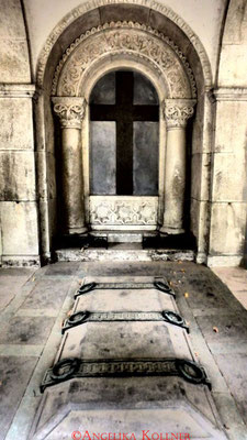 5 #Hauptfriedhof #Frankfurt #Gruftenhalle #Ghosthunters
