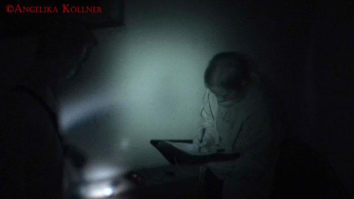 Wie immer wird alles genau dokumentiert. #Ghosthunter #Geisterjäger #paranormal #Ghost