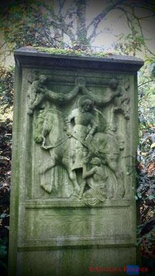 3 #Hauptfriedhof #Frankfurt #Grabstein #Grabmal #Ghosthunters