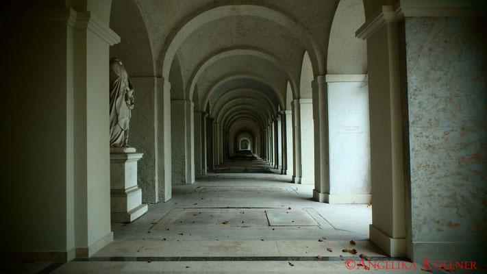 1 #Hauptfriedhof #Frankfurt #Gruftenhalle #Ghosthunters