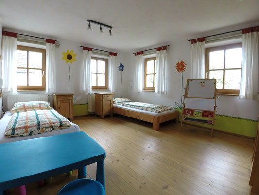 Wohnung Fichte Kinderzimmer unten