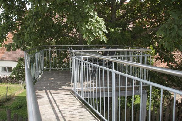 Wohnung Walnuss - Blick zum Balkon