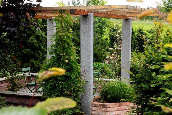 Die Teeecke im Garten