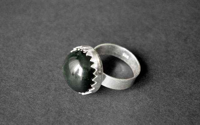 Ring Porzellan, schwarz glänzend, D 18mm, 925er Silber verstellbar, 39,00