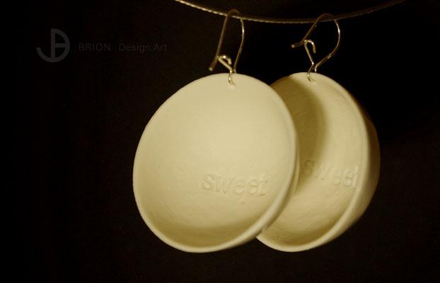 """XXL-Ohrringe Love, Porzellan, glasiert, innen matt und """"sweet"""" gestempelt, D 41mm, 925er Silber, 35,00 bei DaWanda"""