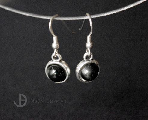 Ohrhaken Porzellan, schwarz glasiert, Hänger mit Inlay Antik Silber, Haken 925er Silber, D 10mm