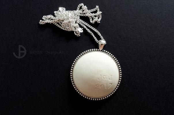 Kette zur Hochzeit mit Stempel der Initialien und dem Jahr, Porzellan, unglasiert, Kette 925er Silber, Anhänger Antik Silber