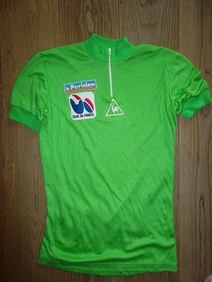 Groene trui voor beste sprinter Tour de France 1983, label le Coq Sportif , 46 cm tussen de oksels, in goede staat  Bij koop kost deze trui 125 euro