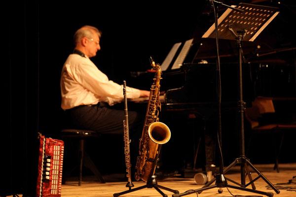Dein Saxophonlehrer & Klavierlehrer - Juri
