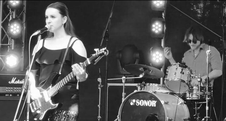 Live Gesang - Olivia Solner
