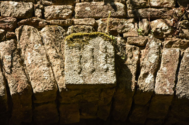 Détail des 3 bourdons de la famille  de La Bourdonnaye
