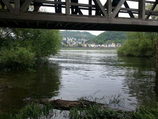 Da fließt die Ahr in den Vater Rhein!
